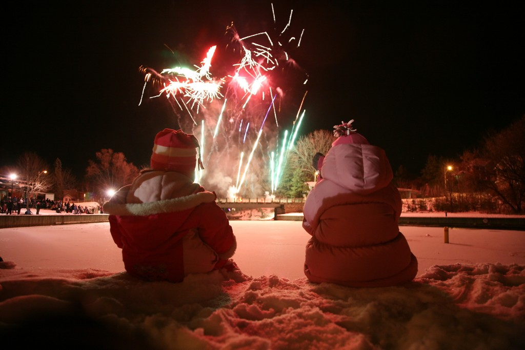 Festival_Fireworks_winter_Simon Lunn_Perth